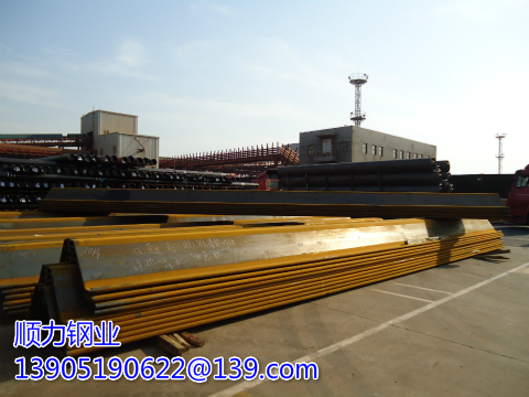 12 meters IV Larsen steel sheet piles